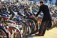 lots-of-bikes-srdjan-kis-bicskei