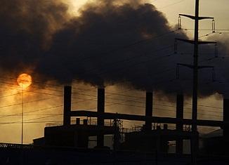 Kina se guši u smogu dok pravi eko-grad