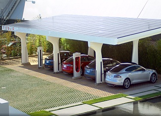 suprecharger solarna pumpa, foto:teslamotors.com