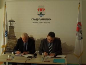 memorandum-o-saradnji-pancevo-i-jp-energetika-ljubljana-e1459427985784-300x227