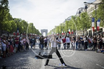 France Champs Elysees Pedestrians