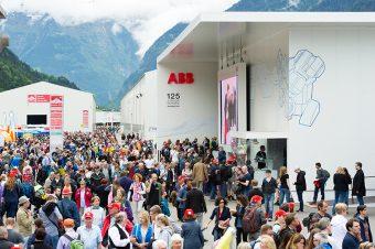 Big_crowds_ABB_Pavilion_Gotthard_750