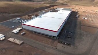 tesla-gigafactory-march-2016-shown-in-drone-footage-posted-to-youtube-by-above-reno_100551234_m