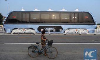 Transit-Elevated-Bus-China-straddling-bus-4-1020x610