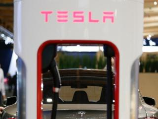 news-2015-march-tesla_punjenje_767322307