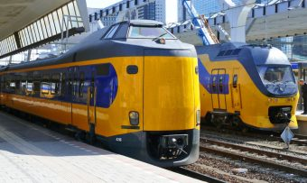 netherlands-electric-trains-wind-powered-1-1020x610